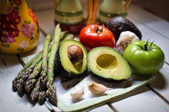 Vegane Ernährung in der Schwangerschaft und nach der Geburt